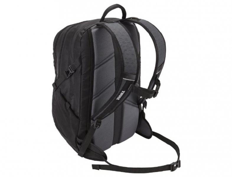 Thule Enroute Nylon Daypack  Safezone  17 Macbook