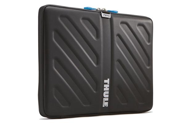 Thule Molded Eva Sleeve For 13 Apple Macbook  Black  Tas113