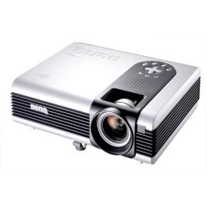 VIDEOPROIECTOR BENQ; model: PB7100