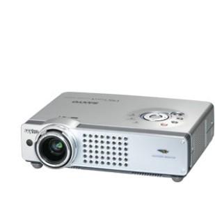 VIDEOPROIECTOR SANYO; model: PLC-XE20; fara accesorii; SH